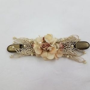 Mo Original Hair Clip Vintage Floral Lace Beaded F